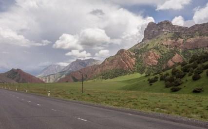 Písek nebo vápno? Obojí prosím! Kyrgyzstán