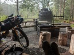 Storm break by laavu with sauna. Mäntyharju-Repovesi mtb trail, Finland