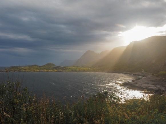 Zlatá hodinka. Moskenes, Norsko