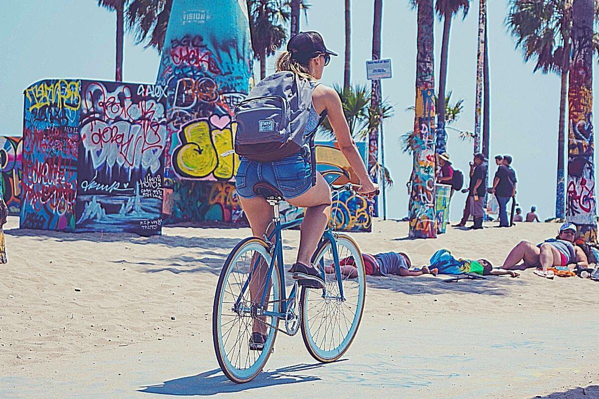 Woman riding a fixed gear single speed bike