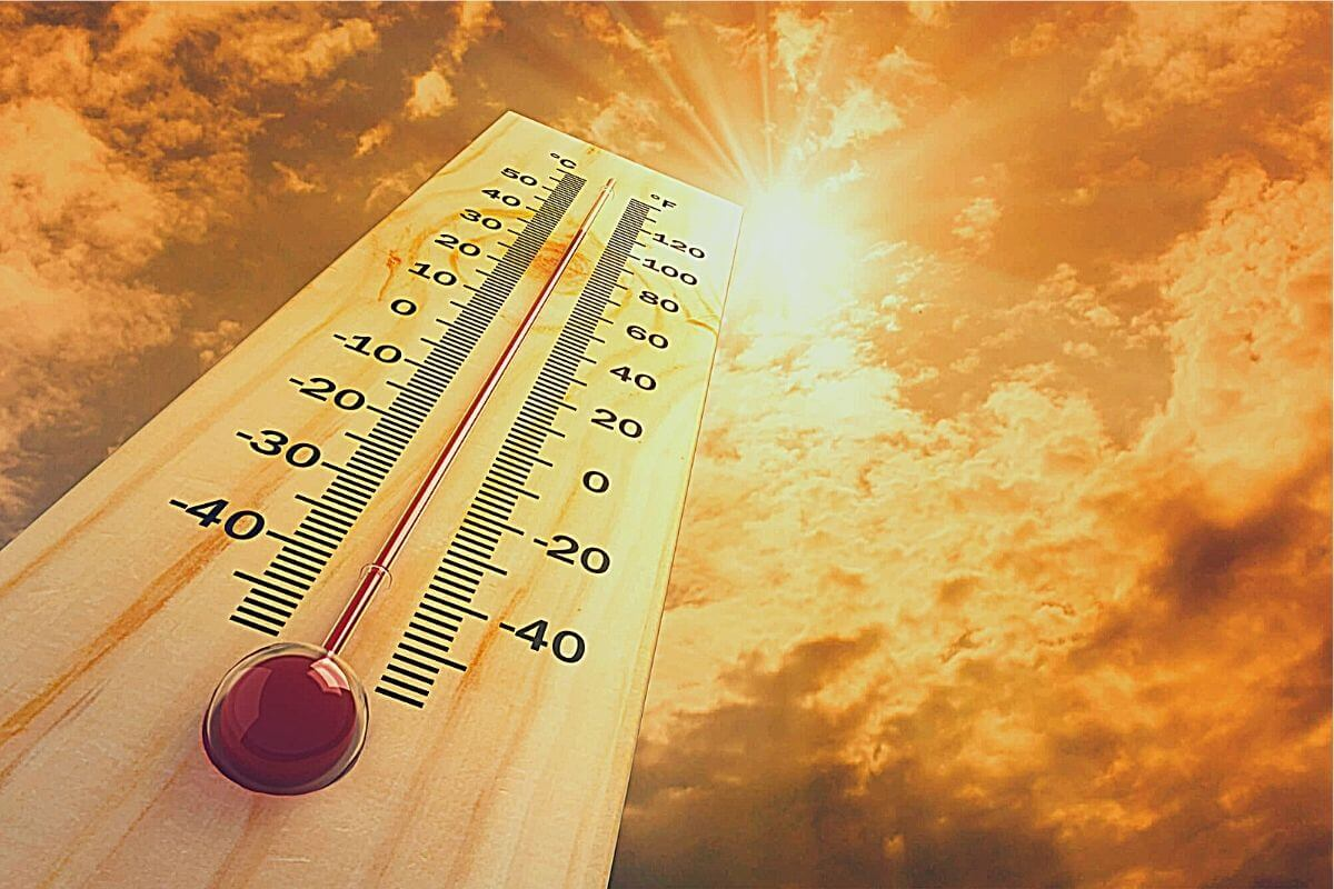 Very high temperature under the hot sun