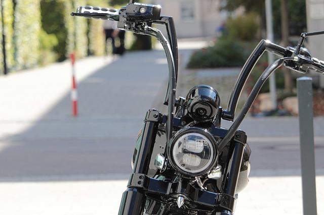 motorcycle-high-handlebar