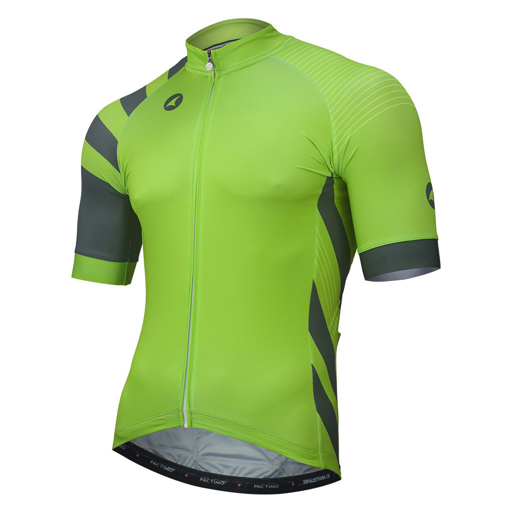 On rides through the mountains and on the flats I found the Ascent 3.0 to  be a solid performing jersey. The fit was a perfect for me be1ea5bb9