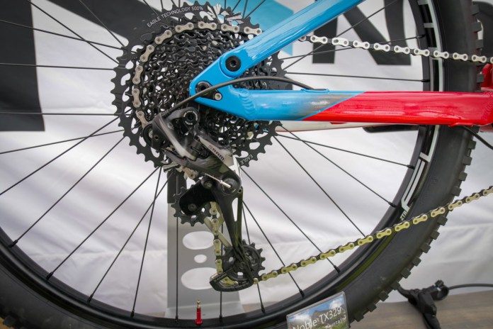 SOC18: Noble Bikes re-launch along with new Flat Mount 180 brake standard