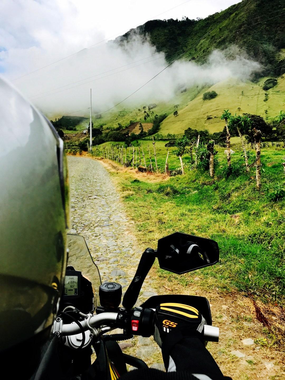 Motorbike touring, Ecuador