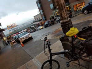 pike-place-market-ferry-bike-112316
