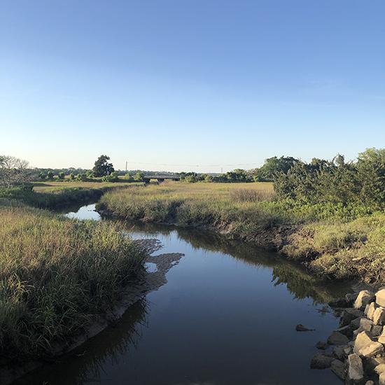 river-marsh-stsimons-island blue sky