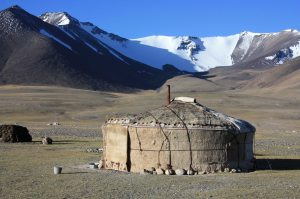 yourt sur la Pamir highway M 41