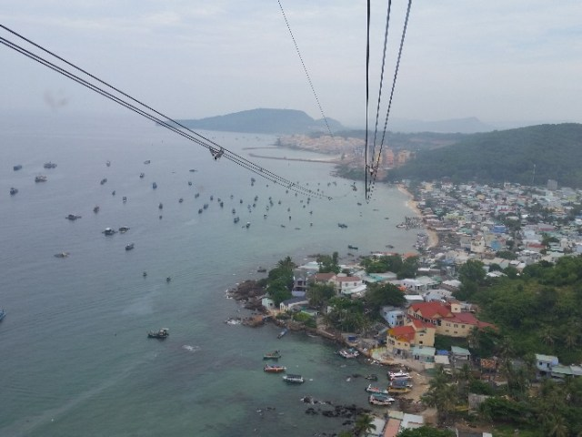 C:\Users\Owner\Desktop\BOB Vietnam Tour\20191111_view from cable car.jpg