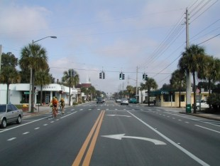 Edgewater Drive Highlighted as National Model for Complete Streets