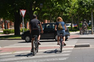 Is UCF a 'Bike Friendly University?' Some students think so