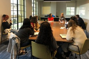 Yaritza Perez and Amanda Day share about their work in a breakout session of the Rollins College Summit.