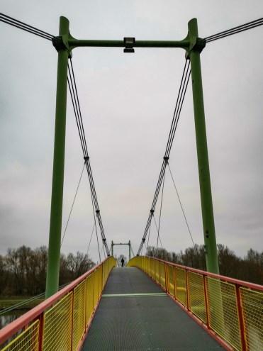 Bridge at Káraný
