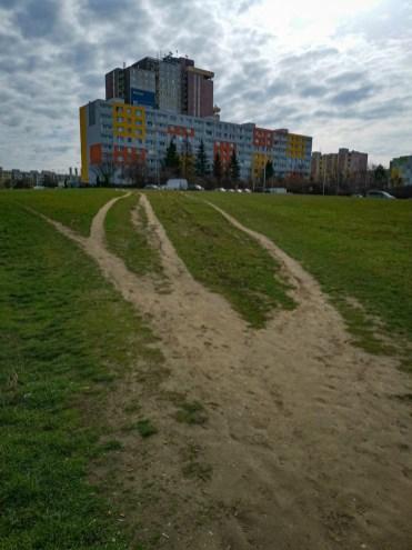 Prefabricated housing estate Háje - shortcuts to Metro station
