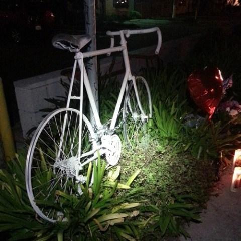 Ghost bike for Arturo Alfredo Ornelas; photo by Danny Gamboa.