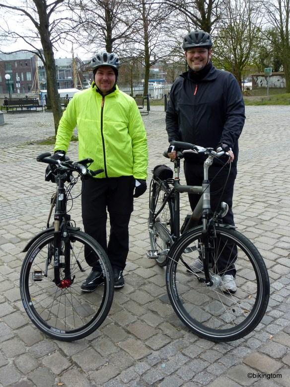 Das Zwei-Mann-Team beim Start in Leer