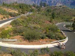 Vélo de route - Gran Canarie - En route pour le sommet de l'ile, le Pico de las Nieves, à près de 2000 m d'altitude.