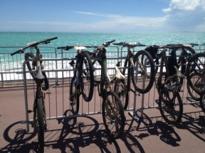 Parc à vélos à l'arrivée de la Transvésubienne 2013.
