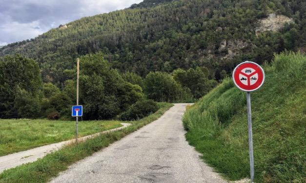 On avance sur les berges du Rhône cyclables