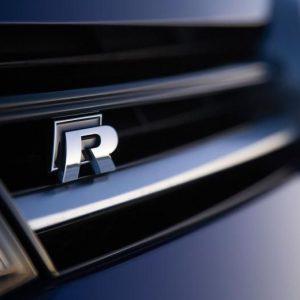 vw grill logo R