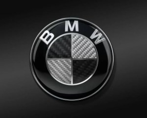 bmw emblem i äkta kolfiber