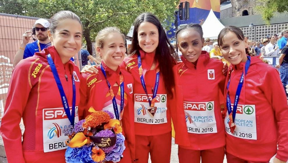 Las atletas del BM Bilbao llevan a España al bronce