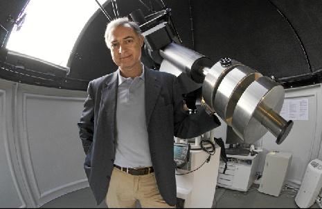 Agustín Sánchez, premiado por su labor en la enseñanza y divulgación de la Física