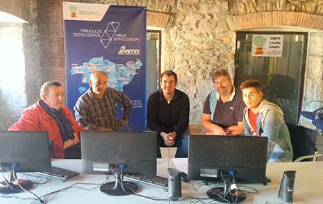 Centros de FP y empresas vascas fijan un foro de colaboración a través de videoconferencias
