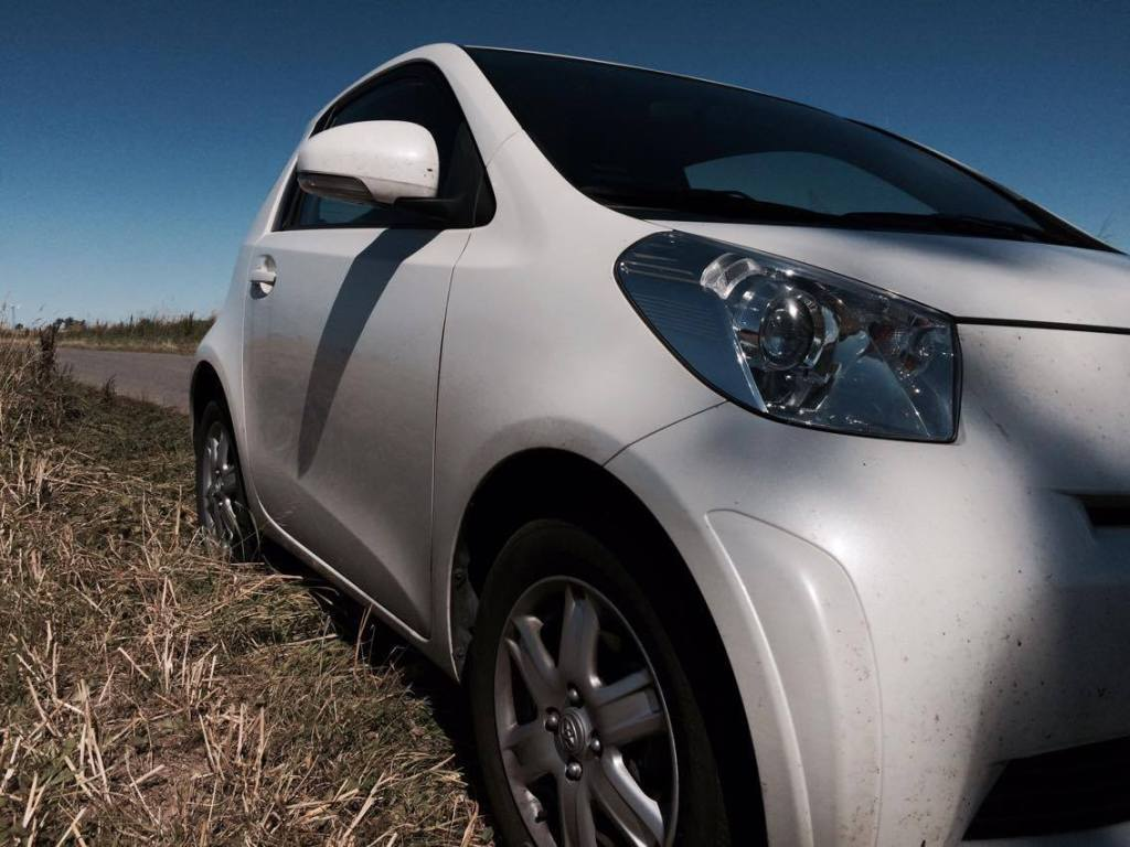 Toyota iQ front view