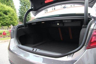 Alfa Romeo Giulia - Bagagerum