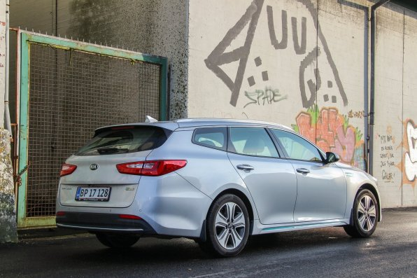 KIA_Optima_PHEV (10)