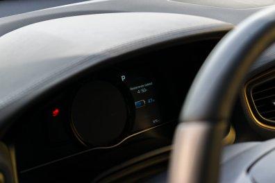 Hyundai_IONIQ_electric (40)