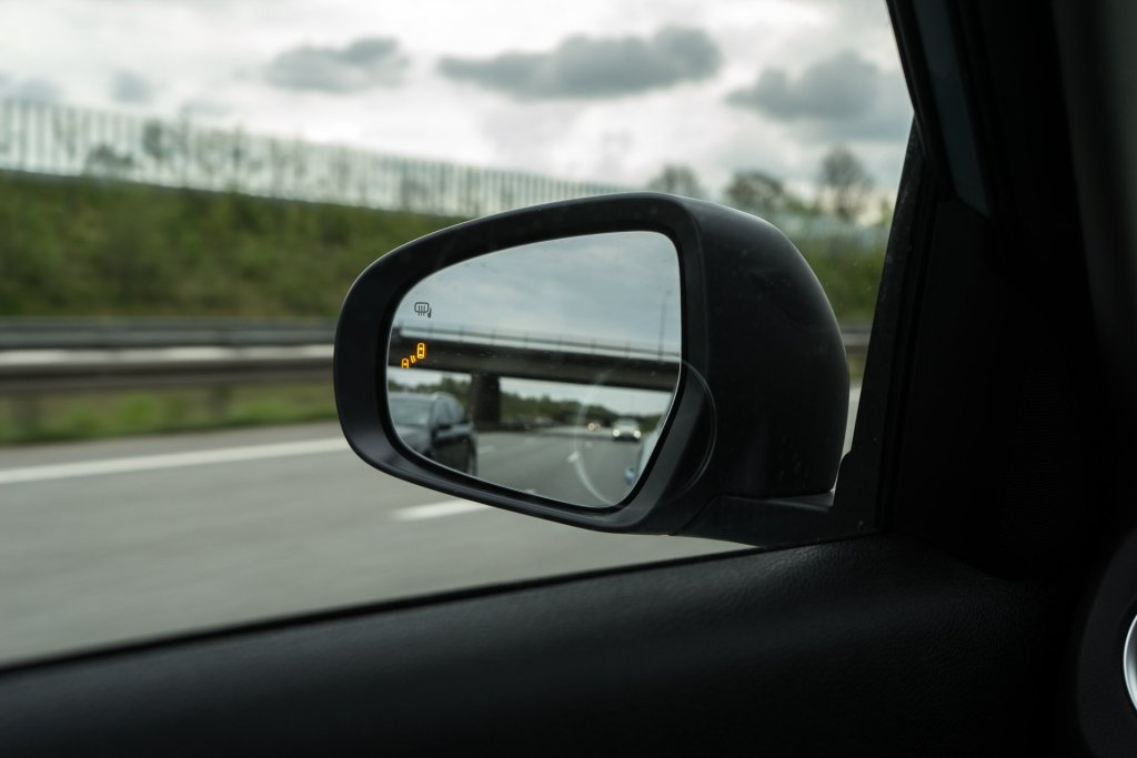 Suzuki Vitara blind vinkel advarsel