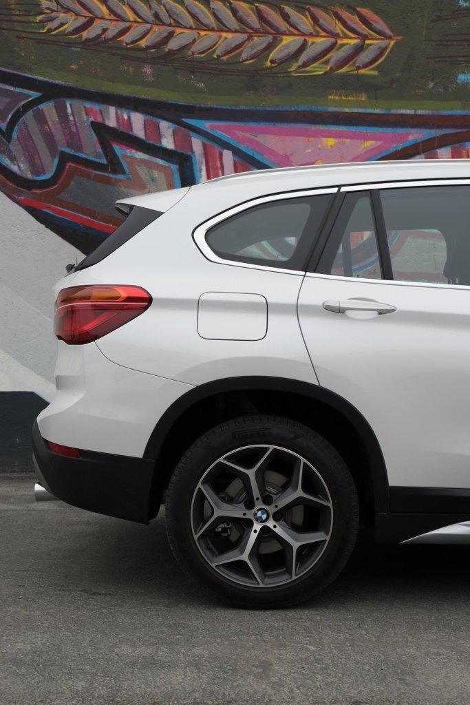 BMW X1 bagende