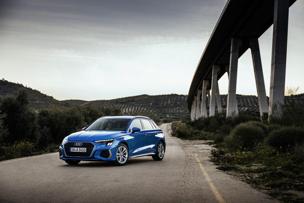 Audi A3 2020 i farven Atoll Blue