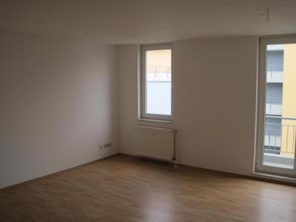 Schne Wohnung neben U35 zu vermieten in Bochum