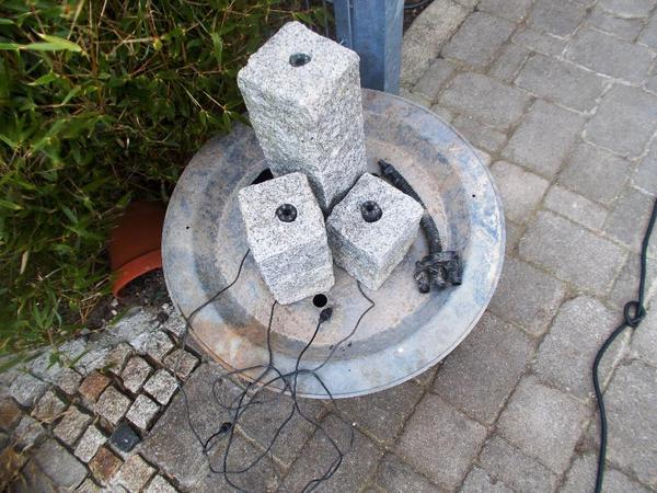 Säulenbrunnen Quellsteine 3Stck Granitsäulen Beleuchtg Heisner In
