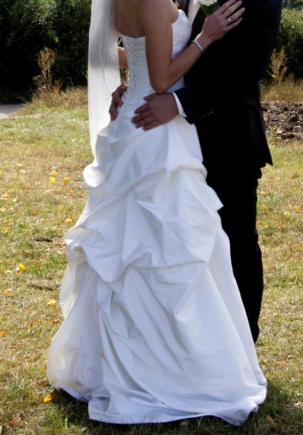 Lilly Brautkleid Grösse 34 In Ehningen Alles Für Die Hochzeit