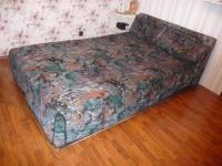 BETT franzsisch, mit Bettkasten 1,40 x 2 m, Kopf- und ...