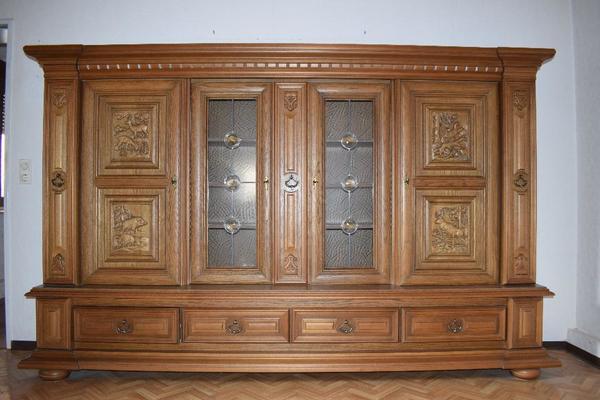 Wohnzimmerschrank Eiche Rustikal mit besonderer Einteilung in Oftersheim  Wohnzimmerschrnke