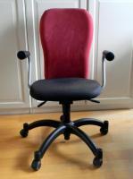 Bürostuhl Ikea Nominell, bordeaux/schwarz mit Armlehnen in ...