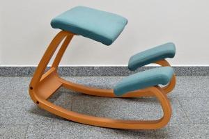 Stokke   Ergonomischer Kniestuhl in Lauf   Büromöbel kaufen und verkaufen über private Kleinanzeigen