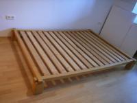 Bett (140 x 200) Buche massiv - mit Lattenrost ohne ...