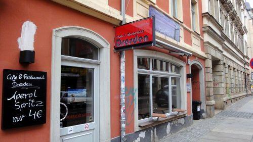 Café Dresden mit Ostseestrand