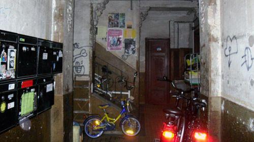 Herrlicher Hauseingang mit kleinem Lichtspiel