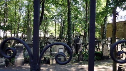 der Alte Jüdische Friedhof in der Neustadt