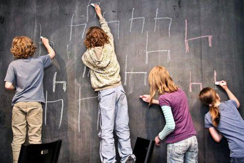 Kinder brauchen Stühle ... Foto: SPD Dresden Neustadt