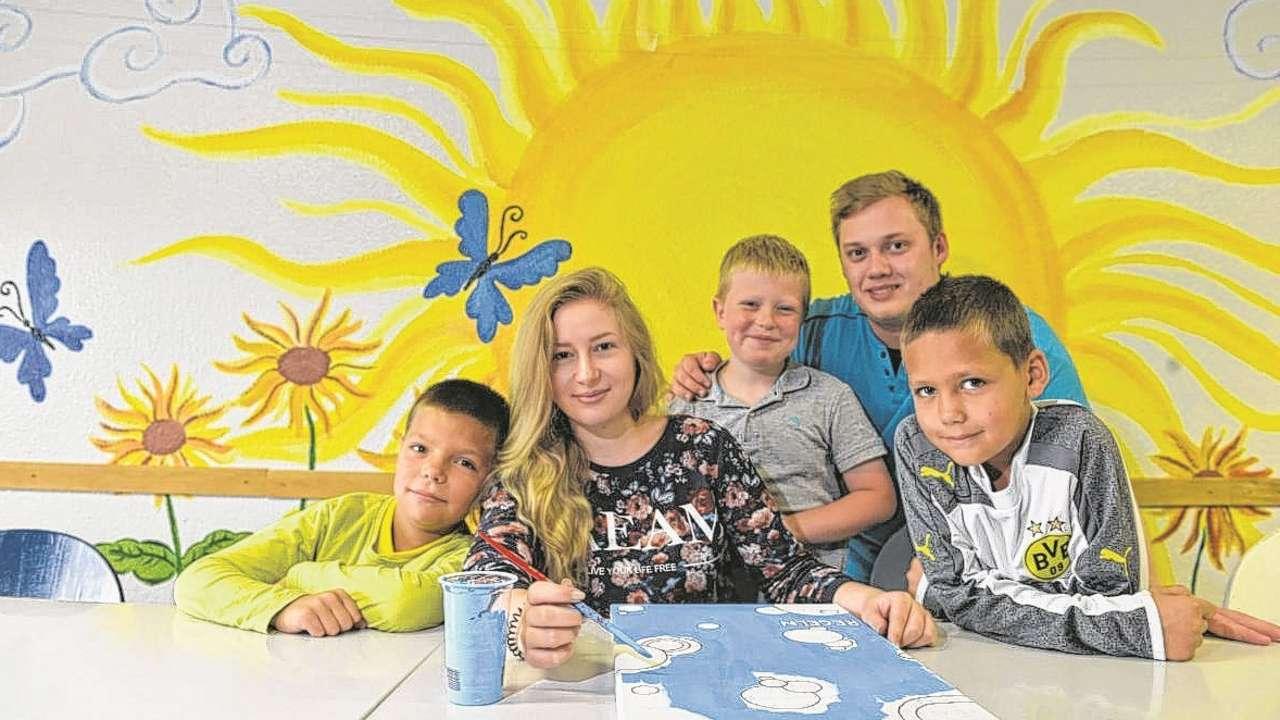 Hilfsprojekt im Brennpunkt Sonnenblume macht Kinder happy  Bremen  Bildde