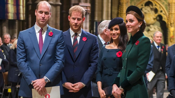 Royals: That was the meeting between Kate, Meghan, William and Harry. William, Harry, Kate and Meghan: The Royals are rarely seen together anymore. Now they performed together again at the Remembrance Festival in London. (Source: Getty Images / Paul Grover)