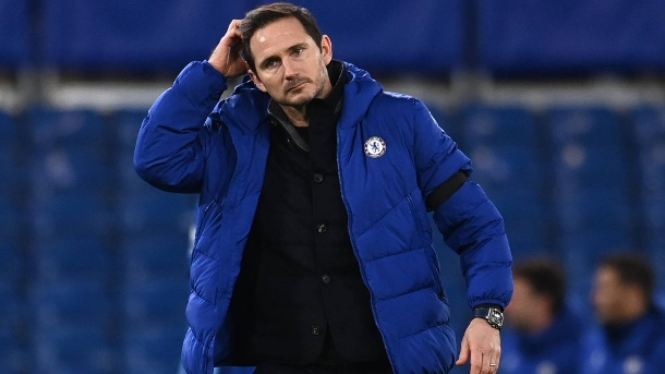 Frank Lampard thoughtful: The Chelsea coach and his team are in crisis.  (Source: imago images / PA Images)